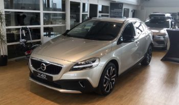V40 CROSS COUNTRY PRO D2