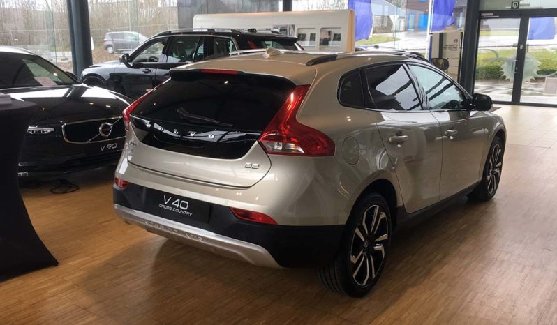 V40 CROSS COUNTRY PRO D2 complet